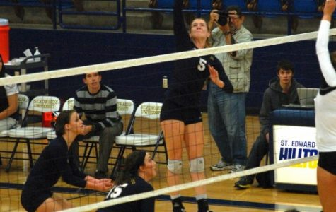Volleyball season ends after loss in first round of tourney