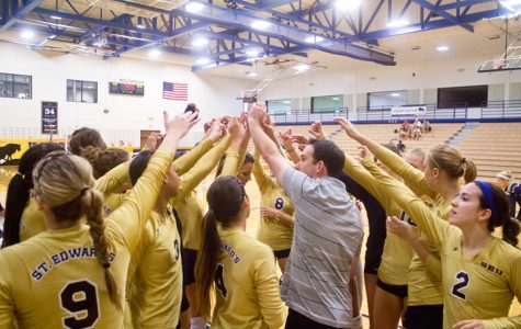 Women's volleyball bouncing back after a slow start to season