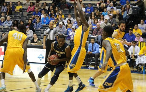 Hilltoppers fall to St. Mary's for Heartland Conference title, season over