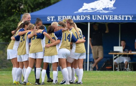 Women's soccer kicks year off on streak, high expectations