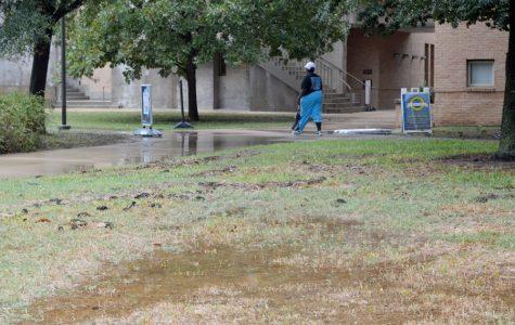 University issues advisory as Hurricane Harvey approaches
